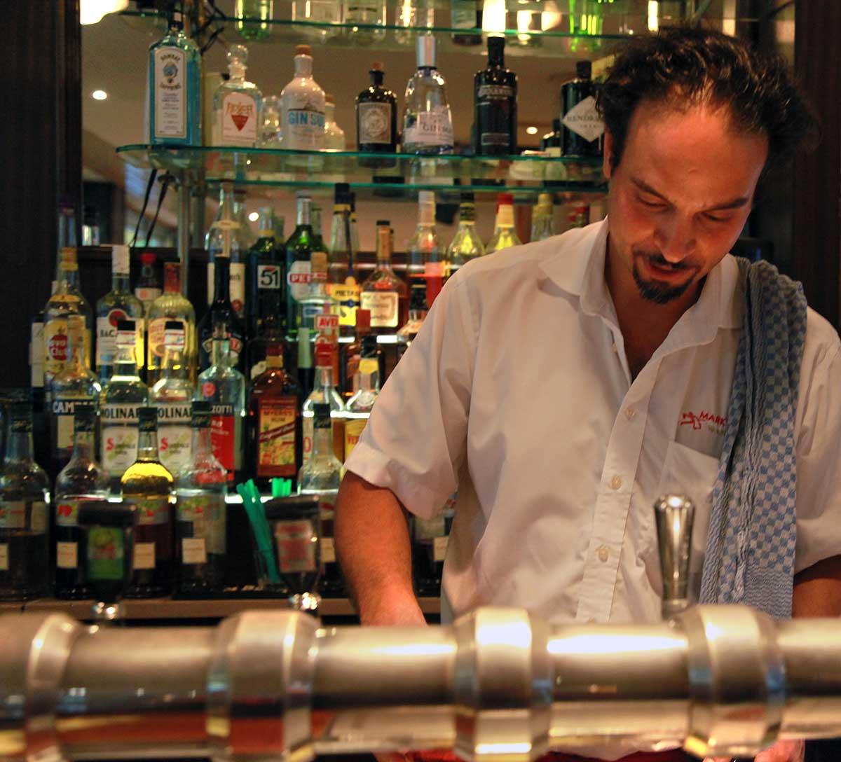 Pariser-Theke-Gin-Auswahl